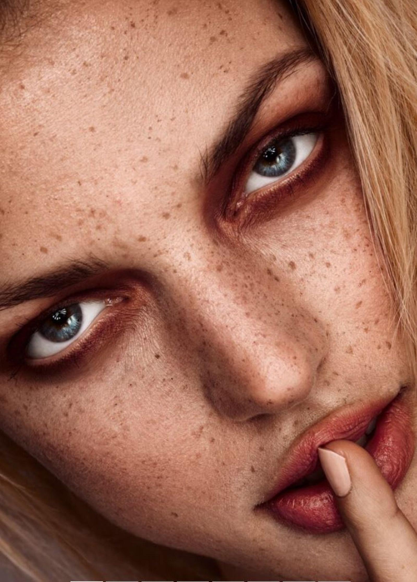 Make Up by Cooh Zahner