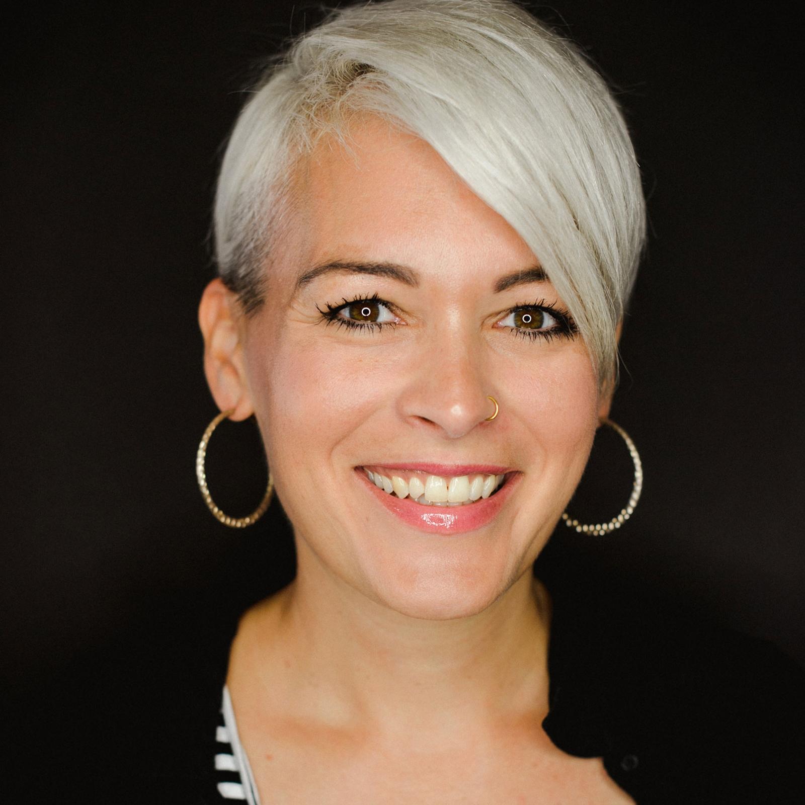 Regula Zürrer Make-Up Artist Dozentin