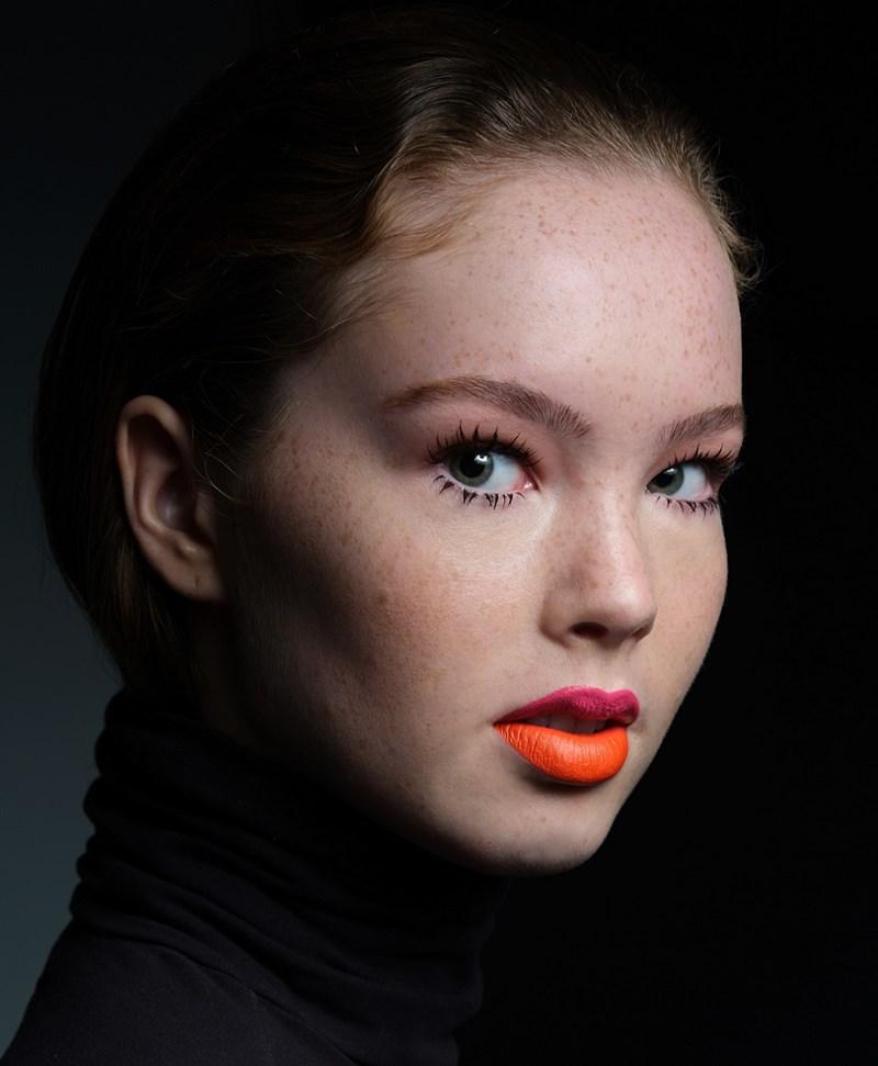 Make Up by Marianne Schrittenlocher